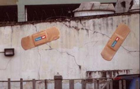 Duvardaki çatlağa selobant!
