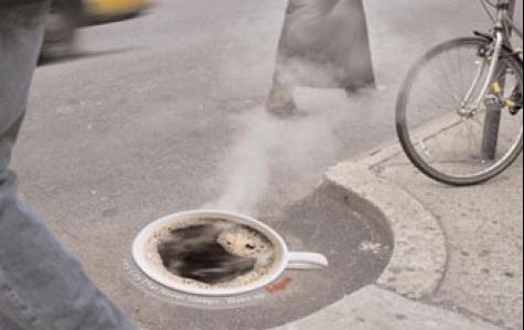 dumanı tüten Folger Kahveleri