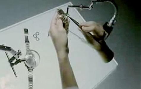 Samsung E200 – The Hands