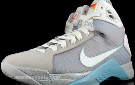 """Nike'den """"Geleceğe Dönüş"""" Ayakkabısı"""