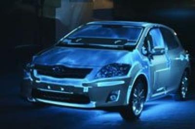 Toyota: Auris Hybrid – araba üzerine 'projection mapping'