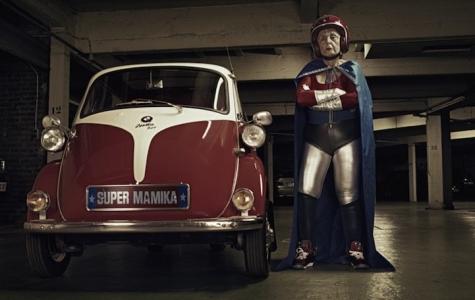 Mamika – Büyükanne'nin Süper Kahraman Terapisi