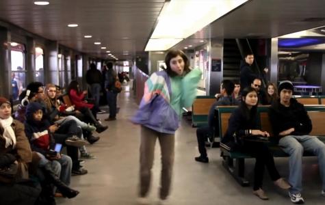 En 'zengin' müzik videosu: 'Girl Walk // All Day'