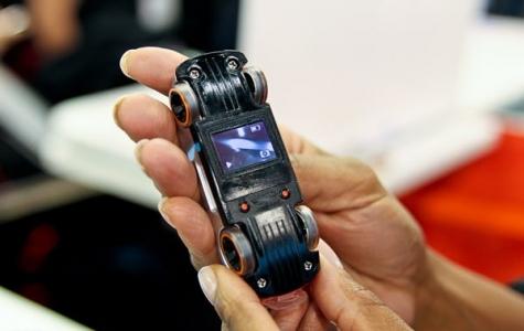 Kameralı Hot Wheels Oyuncak Araba