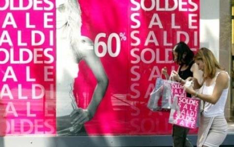 Paris'te Açıkhava Reklamlarında %30 Kesinti