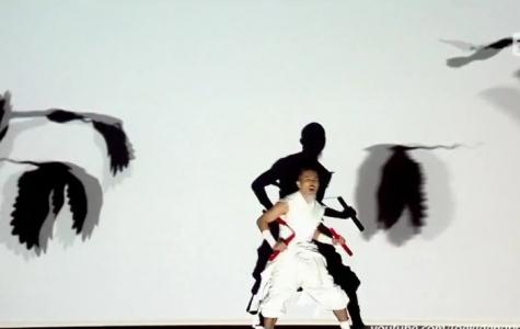 Black Sun: Dans Koreografili Motion Projection
