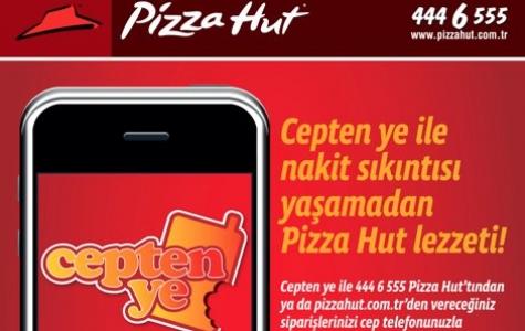Pizza Hut Mobil Ödemeye Geçti