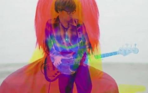 Androp – Boohoo: Aynı Açıdan 3 Defa Çekilerek Oluşturulan RGB Video Klip