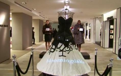 Microsoft'un NY Moda Haftası'ndaki Twitter Destekli Elbisesi