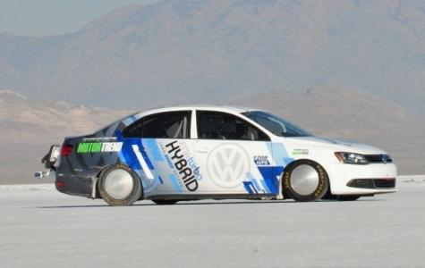 Hibrit Araç Hız Rekoru – Volkswagen Jetta