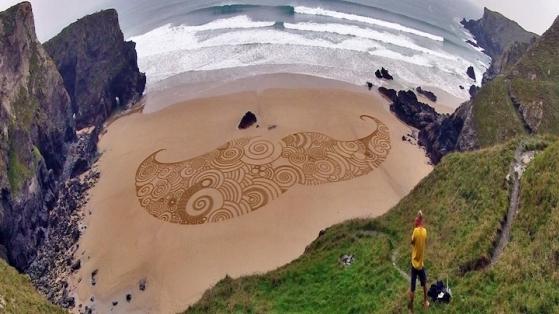Kum Üstünde Sanat