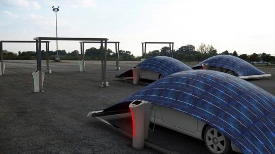 Elektrikli Otomobillere Şarj Çadırı