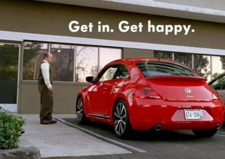 Super Bowl 2013: VW Beetle – Get In. Get Happy.
