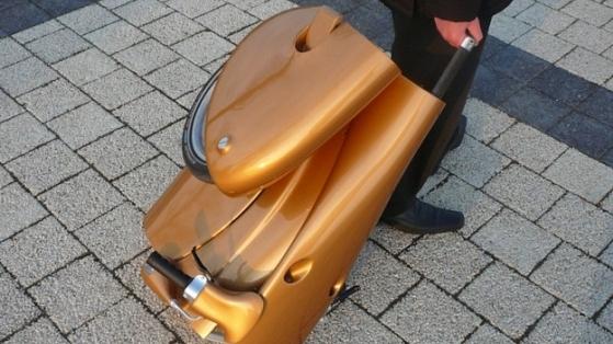 Katlanıp Bavul Olan Scooter