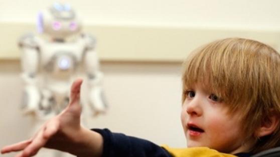 Otistik Çocuklara Beceri Geliştirmede Yardımcı Olan Robot: NAO