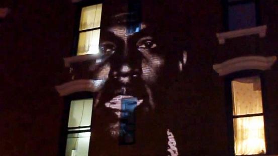 Kanye West Yeni Albümünü Aynı Anda Dünyada 66 Yerde Tanıttı