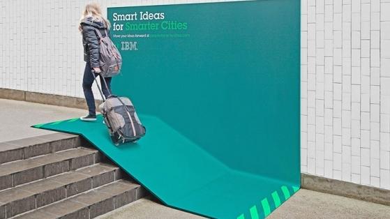 IBM'den Akıllı Şehirler İçin Akıllı Reklam Mecraları