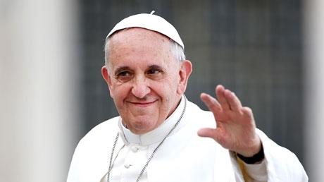 Papa'yı Twitter'da Takip Edin, Günahlarınızdan Arının