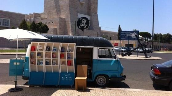 Portekiz'de Bir Gezici Edebiyat Minibüsü