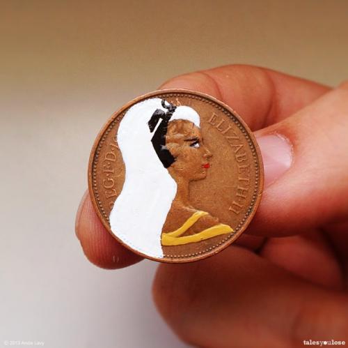 Bozuk Paralari Boyayarak Yeni Bir Kimlik Veren Proje Tales You