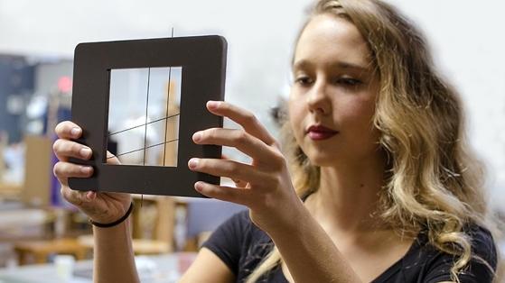 Sanatçılar İçin 3 Boyutlu Objeleri Düz Gösteren Araç
