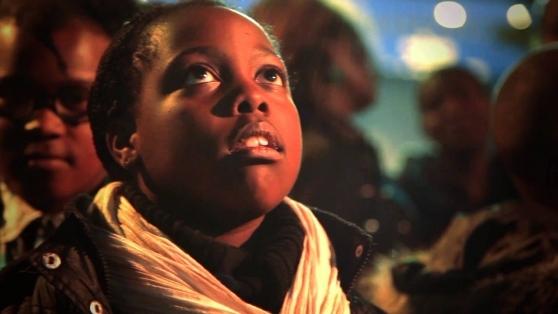 KLM Planes Filmini Çocuklara Gerçek Uçakların İçinde İzletiyor
