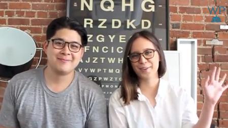 Warby Parker Twitter Mesajlarını Youtube Videolarıyla Yanıtlıyor