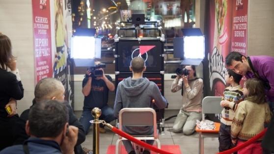 KFC'nin Yeni Ürün Reklam Filmini Müşteriler Çekiyor