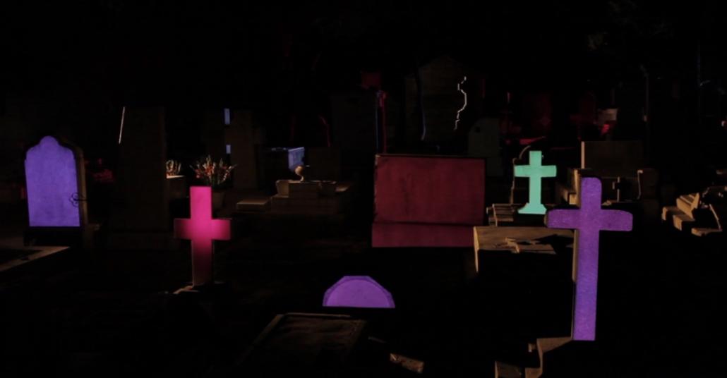 Mezarlıkta Projeksiyon Gösterisi: Panteon de Dolores