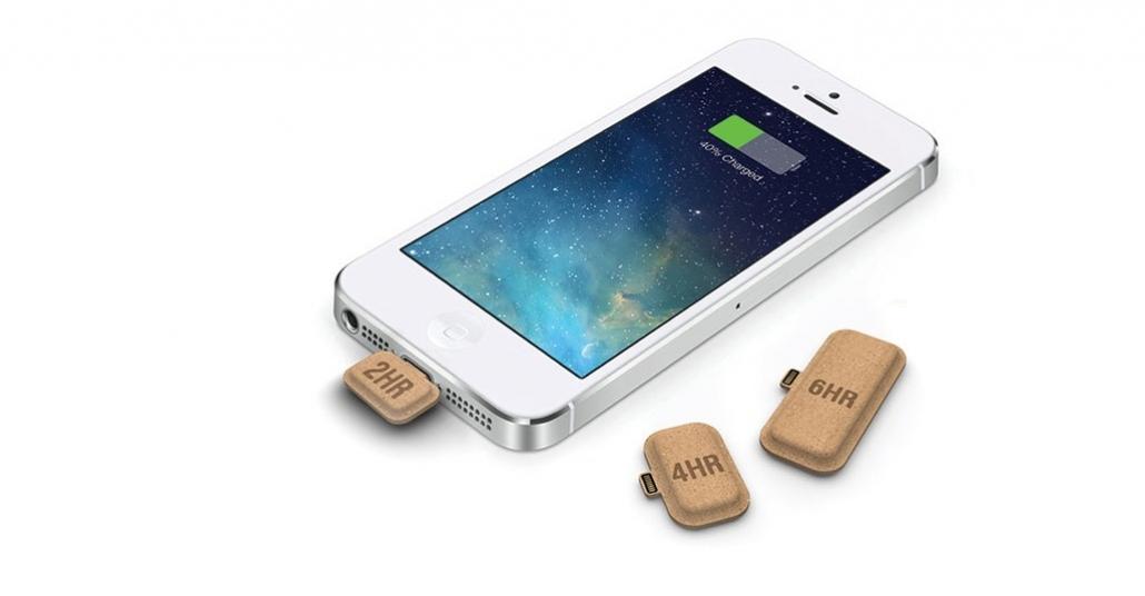 Tasarım Ödüllü Minicik Taşınabilir Şarj Cihazı: Mini Power