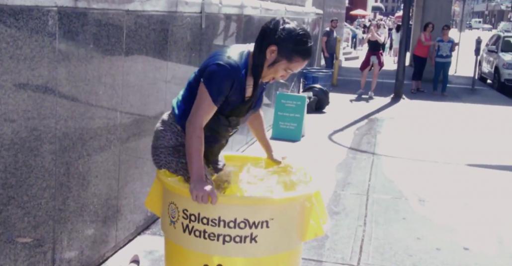 Bilet Kazanmak İçin Sırılsıklam Olmayı Göze Almanız Gereken Kampanya