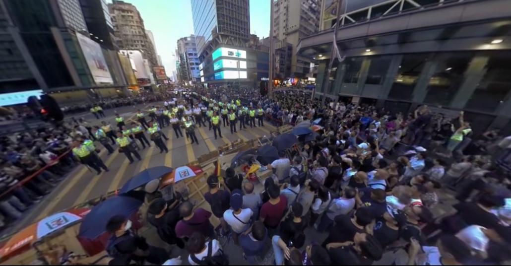 Sanal Gerçeklikte Hong Kong'daki Şemsiye Devrimi Protestoları