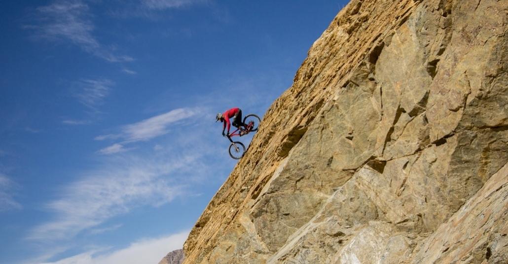 Bisikletle Himalayalarda 5 Bin Metreden Aşağı