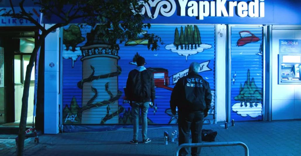 Yapı Kredi Şubelerine Leo Lunatic'ten Graffiti