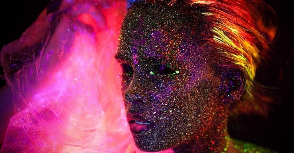 Morötesi Işık ve Simlerle Deneysel Fotoğrafçılık