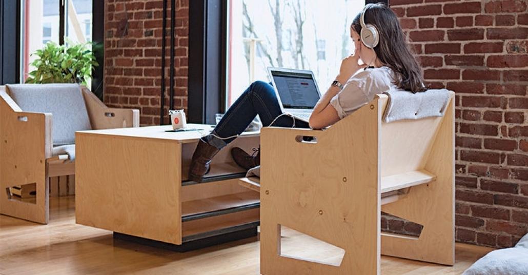 Dizüstü Bilgisayarla Çalışmaya Uygun Ofis Mobilyaları