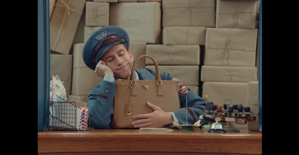 Prada'dan Wes Anderson'ın Filmleri Tadında Reklam Filmi