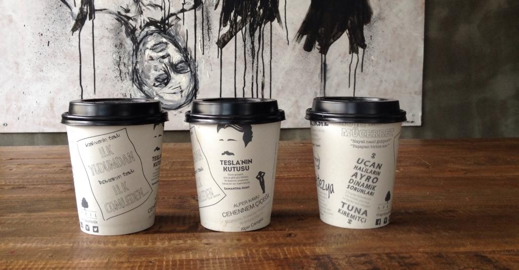 Kahvenin Tadı İlk Yudumdan, Romanın Tadı İlk Cümleden