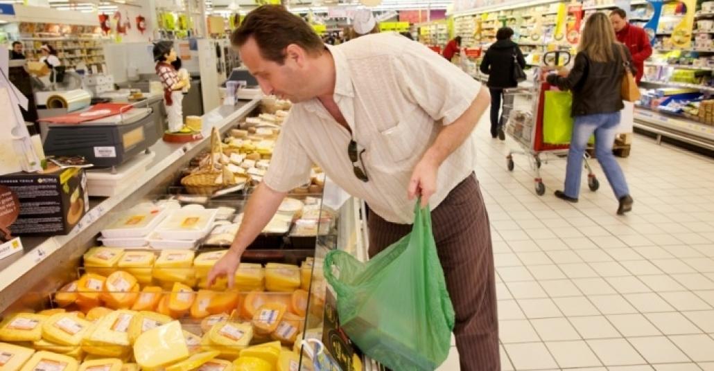 Fransa'da Dev Süpermarketler Satılmamış Gıdaları Bağışlayacak