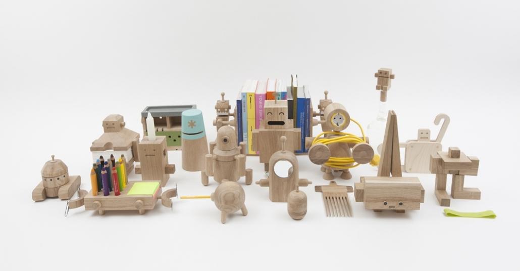 Günlük Hayatı Kolaylaştıran Küçük Ahşap Robotlar