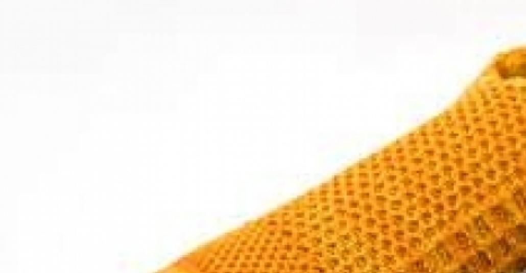 Tek Materyal Kullanılarak Yapılan Dokuma Ayakkabılar