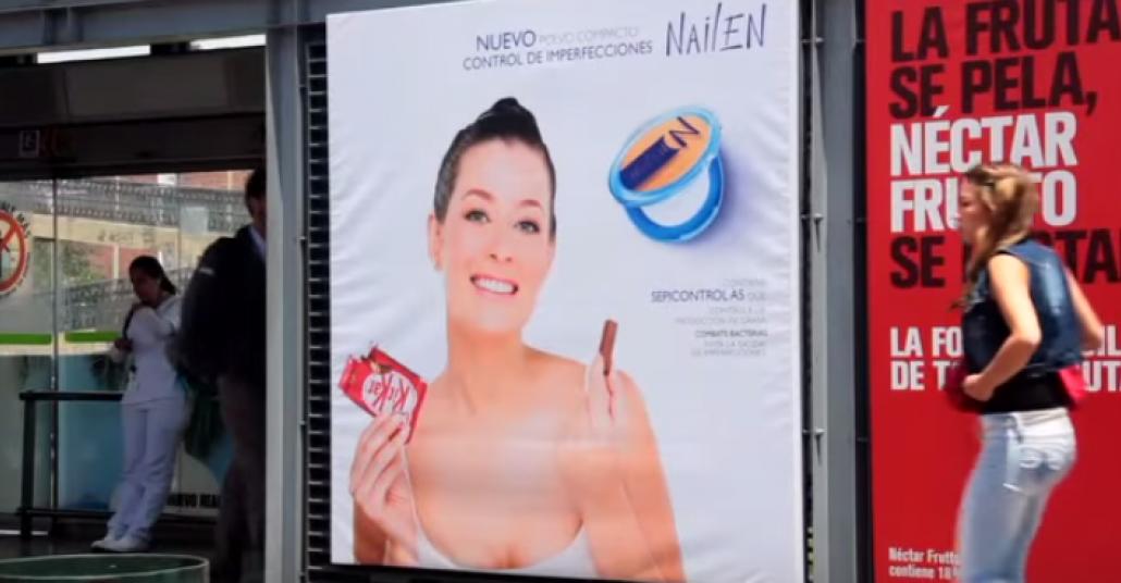 Kit Kat, Diğer Markaların Reklam Panolarını Ele Geçiriyor