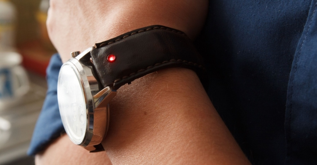 Sıradan Saatleri Akıllı Yapan Kayış