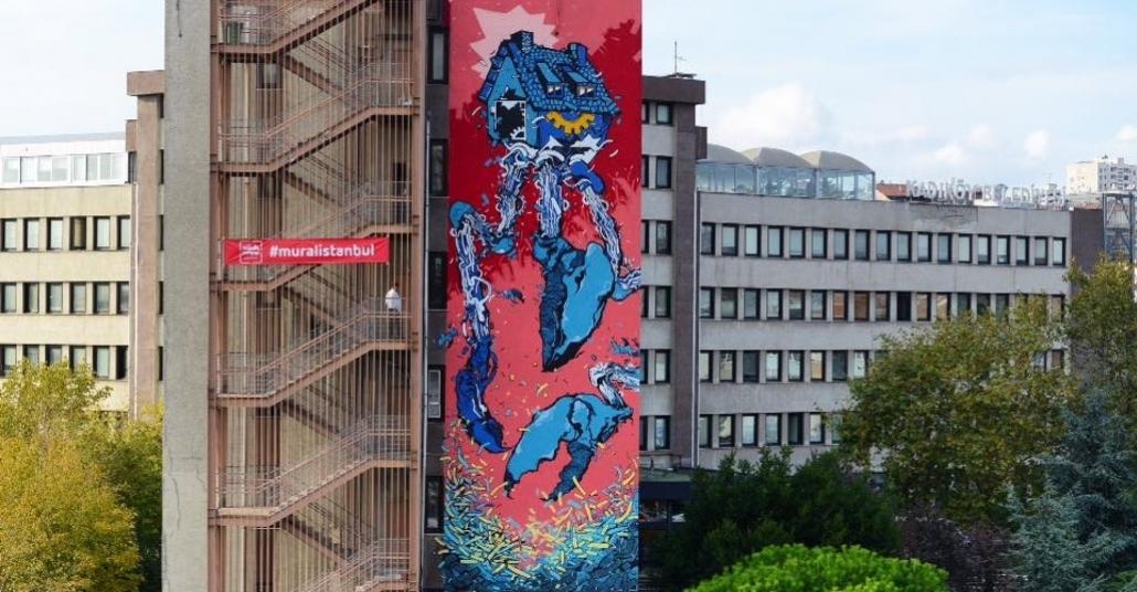 Kadıköy Belediye Binası Üzerine Yapılan Dev Murallar