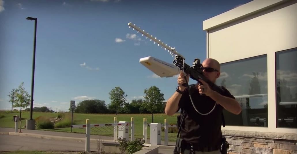 İzinsiz Uçan Drone'ları Radyo Frekansıyla Yere İndiren Tüfek