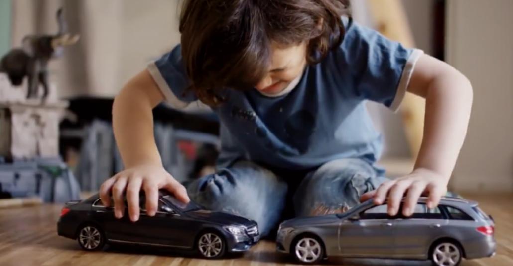 Mercedes-Benz'in Çarpışamayan Oyuncak Otomobilleri