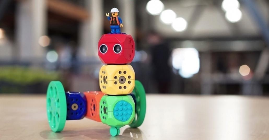 Çocuklar İçin LEGO Benzeri Küplerle Kod Eğitimi: Robo Wunderkind
