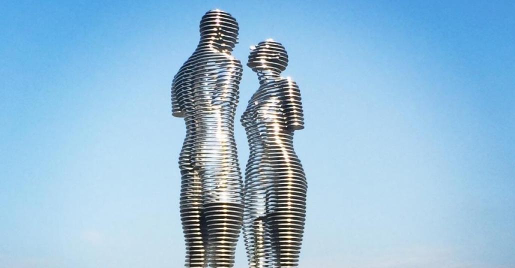 Image result for ali nino heykeli