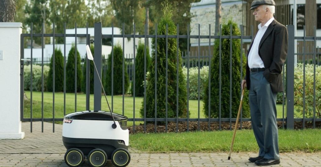 Market Poşetlerini Eve Taşıyacak Şirin Robot