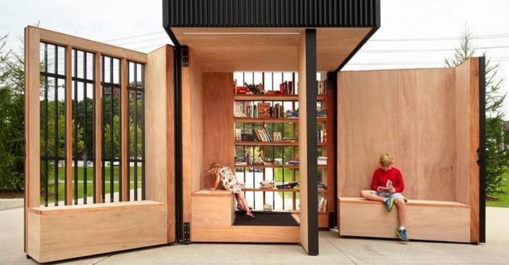 Parkın Ortasında Bir Minyatür Kütüphane